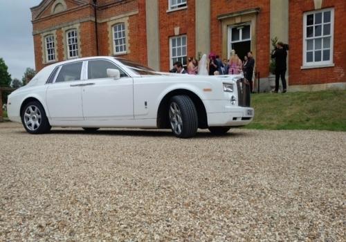 Luxury Rolls Royce Chauffeur Driven Car