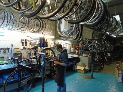Bigpeaks Bike Shop and watersports store servicing