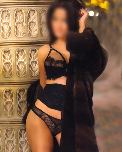 matures escort reviews