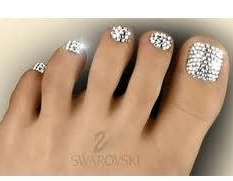 Sworvoski crystal pedicure