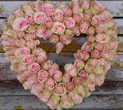 Vintage rose heart