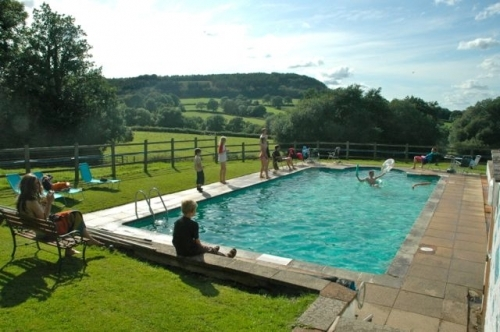 South Farm Cottages Fishery In Cullompton Holidays Self Catering The Independent