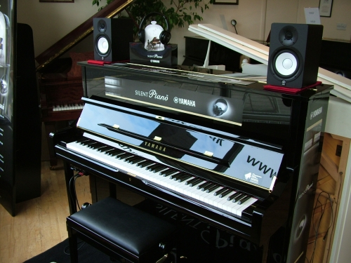A hanna sons pianos ltd pianos in london for Yamaha u1 silent piano review