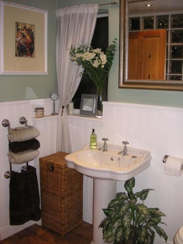 Bathroom Installations Bathrooms In Gravesend Bathroom Planners And Furnishers In Kent The Sun