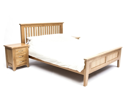 Furniture Therapy Oak King size Bed