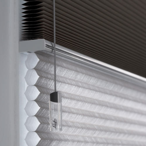 Luxaflex Duette free hanging blind