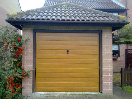 Cardale Europa steel Up and Over golden oak