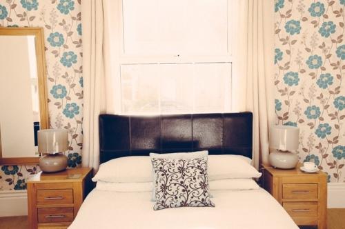 Light bright double en suite room