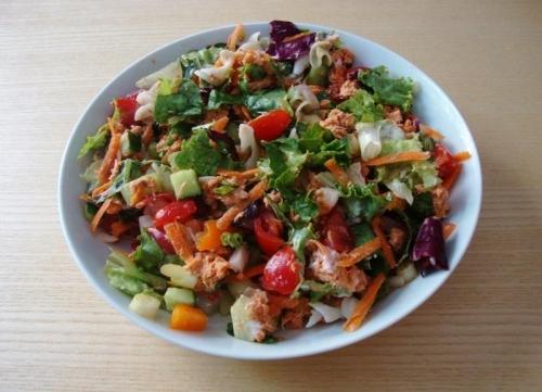 Healthy nutritious salad