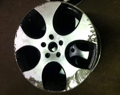 VW Golf GTi alloys before....
