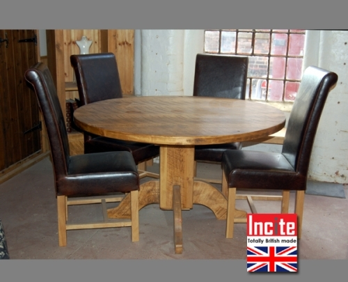 Chunky Plank Round Table custom made by Incite Interiors Draycptt Derbyshire
