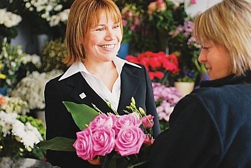 Choosing Flowers_Baldock