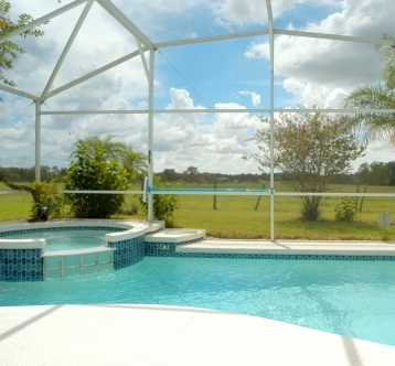 4 Bed 3 Bath Villa with Pool & FREE Spa heating