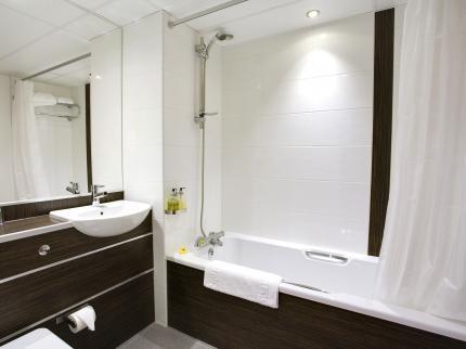Gulliver S Hotel Warrington 201120121639072994