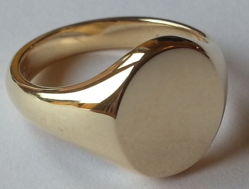 The Classic Oxford Gold Signet Ring
