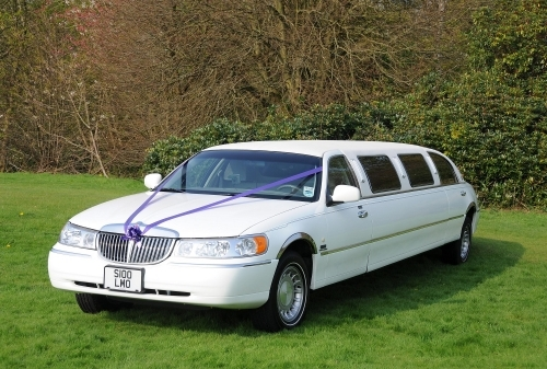 Lincoln town car 8 seater  limo