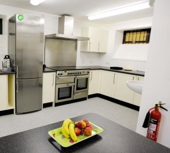 Barton Kitchen 2