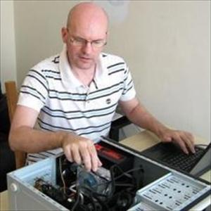 William testing a PC